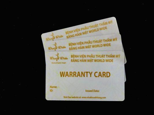 Thẻ bảo hành dành cho khách hàng làm veneer sứ tại Nha Khoa Dr Hùng