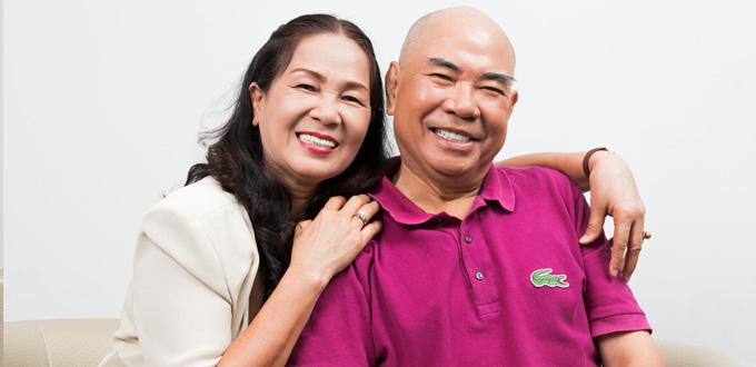 """""""Cả gia đình tôi – 3 thế hệ đều đã chữa răng ở BS Hùng"""""""