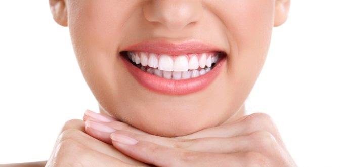 Răng sứ thẩm mỹ tồn tại bao lâu