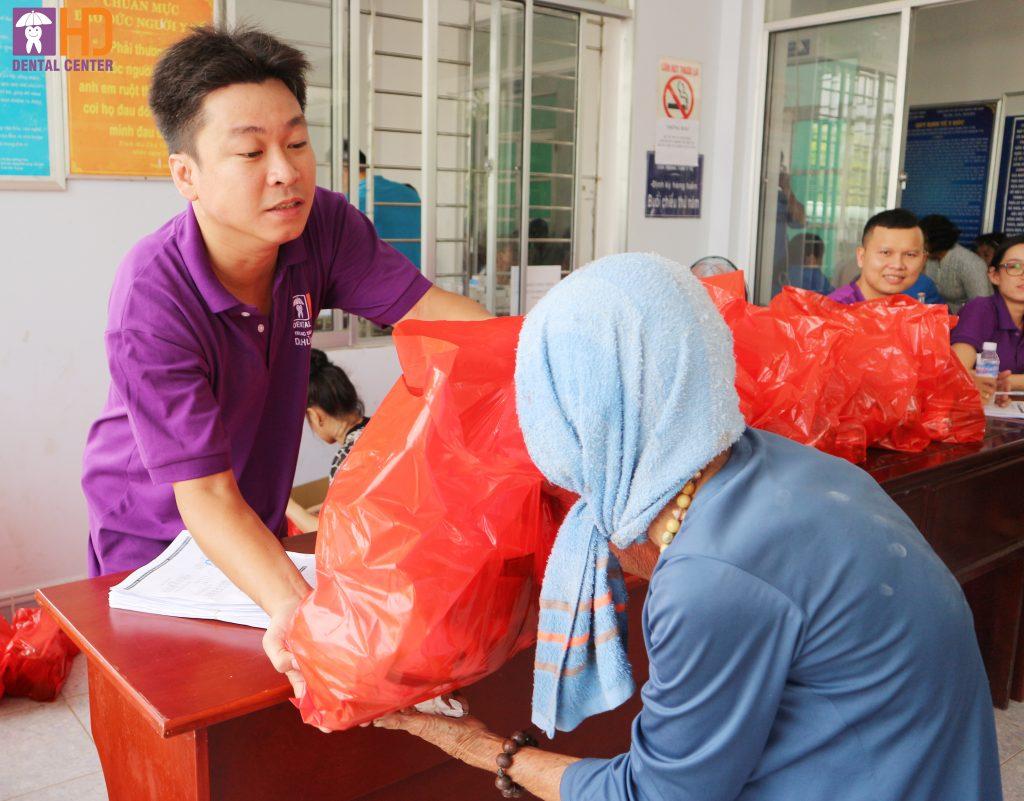 Hành trình từ thiện của HD Dental Center