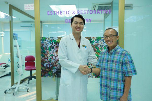 Khách hàng đã sử dụng giải pháp trồng răng Implant tại nha khoa Dr Hùng
