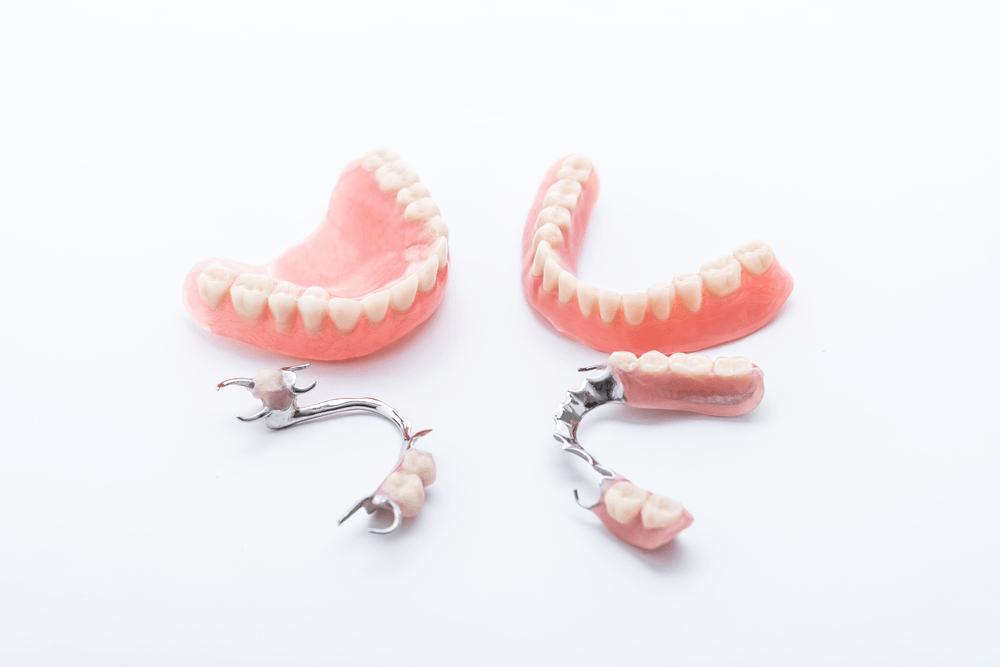 Giá làm răng giả nguyên hàm